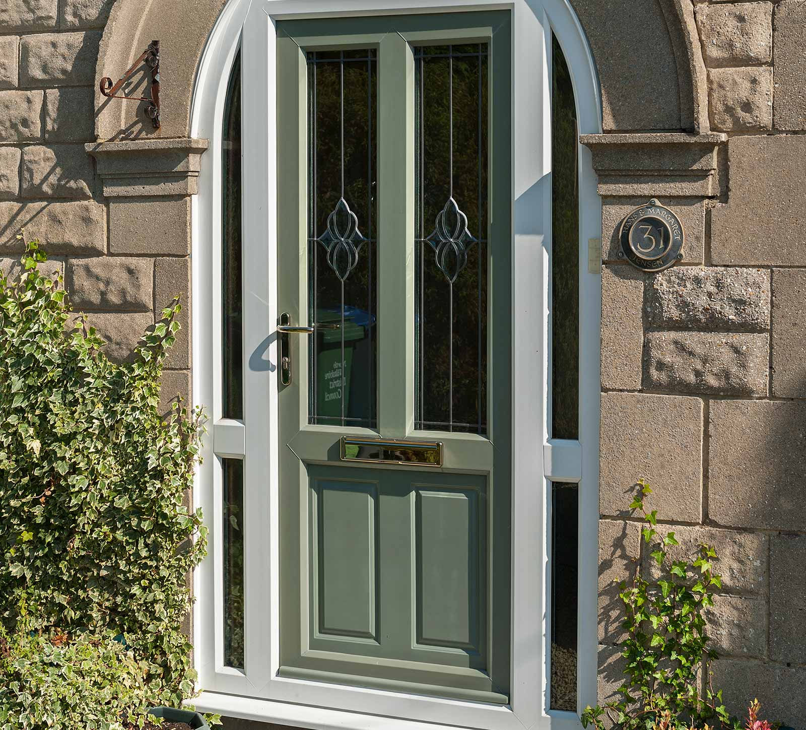 Upvc doors clacton on sea upvc door prices essex for Upvc glass front doors