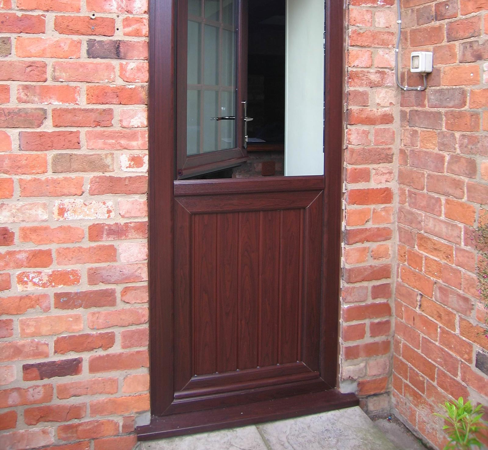 Upvc stable doors prices clacton on sea stable door for Upvc balcony doors